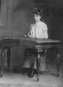 Fanny Amsterdam, 1900