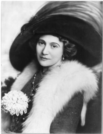 Bertha Kalish, 1910
